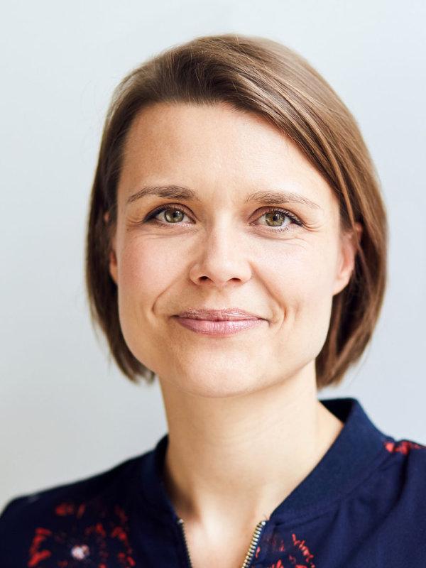 Dr. Annekaryn Ranné